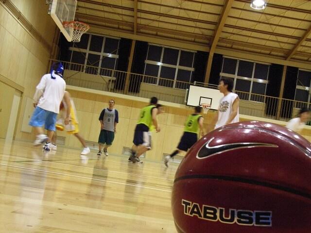 バスケ部顧問 体罰 凄かった 中学時代 部活 思い出話