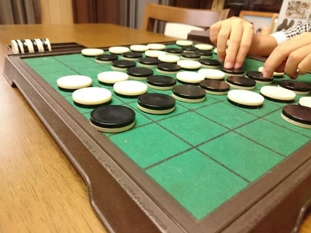 オセロ ボードゲーム 対戦